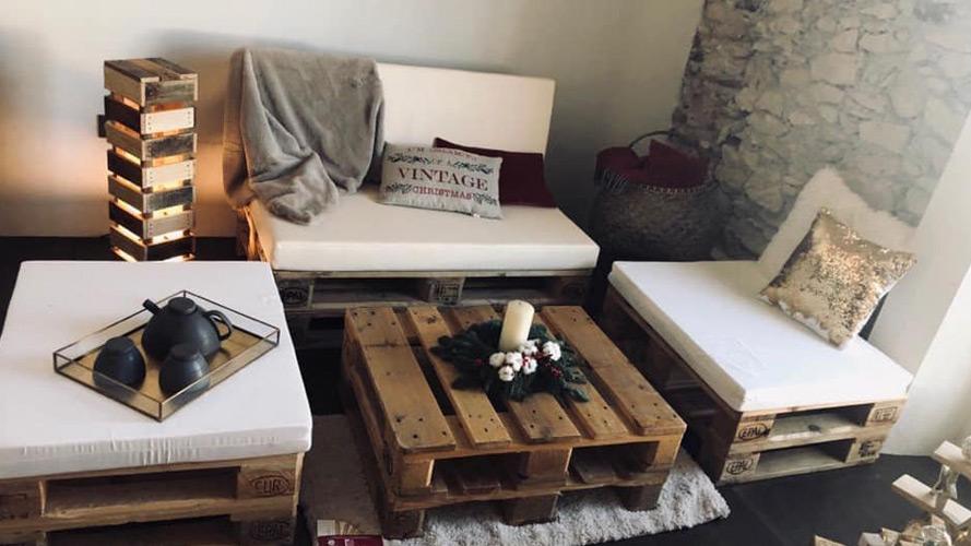 Cabecero de cama fabricado con pallets